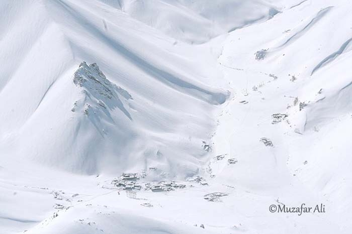 bamyan-heavy-snowfall-in-yakawlang