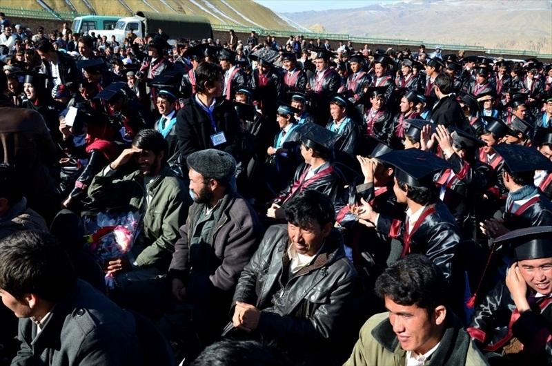 bamyan_univ_graduation_2013__017