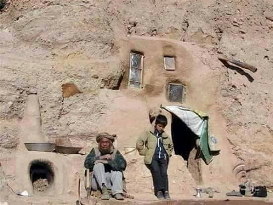Hazaras-forced-in-BamiyanBuddha-caves-2016-13
