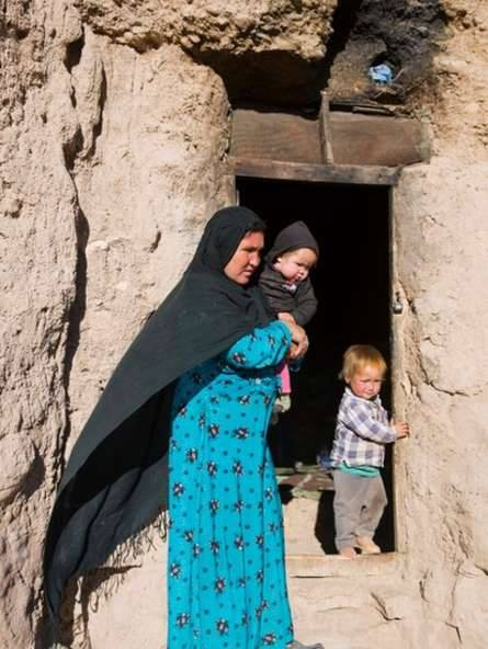 Hazaras-forced-in-BamiyanBuddha-caves-2016-17