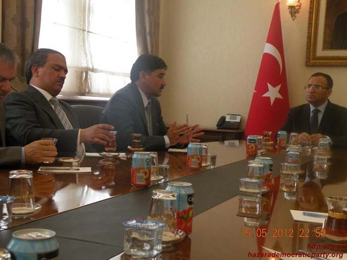 19-khaliq-speaking-with-dep-turkish-pm