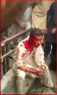 PashtunMob-BeatingHazaraProtester-May132015